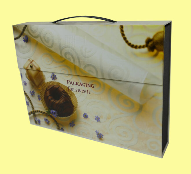 Carry-Cases-1-6-luxury-packaging-candy-boxes