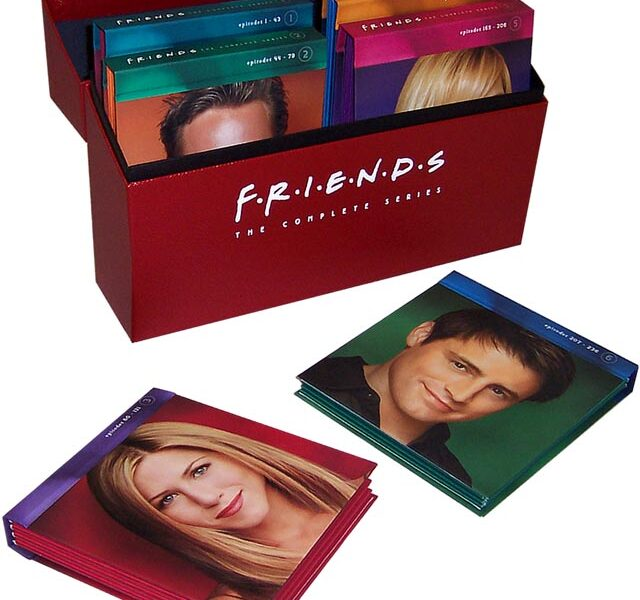 L_FriendsBoxOpen-luxury-packaging-DVD/Bluray-Series