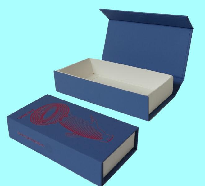 Magnet-Closure-rigid-box-3-luxury-packaging