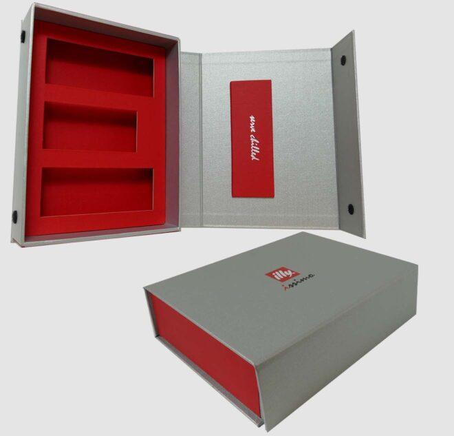 hinged-lid-ridgid-boxes-4-luxury-packaging