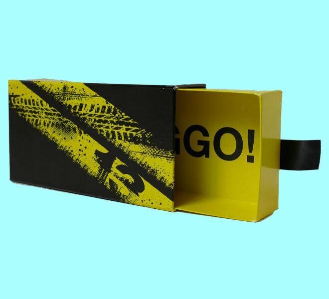 slider-sleeve-rigid-boxes-1slider-sleeve-rigid-boxes-2slider-sleeve-rigid-boxes-3-luxury-packaging